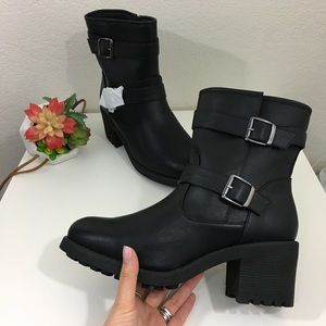 NEW Cloudwalkers by Avenue Karli black moto boots